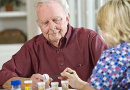 Người già thường dễ bị rối loạn tiêu hóa