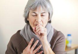 Phòng tránh bệnh hô hấp ở người cao tuổi vào mùa lạnh