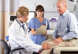 Bệnh khớp ở người cao tuổi – nguyên nhân và cách điều trị