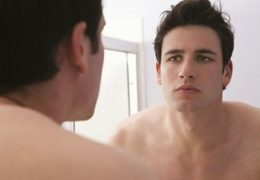 Bệnh rạn da ở nam giới, nguyên nhân do đâu?