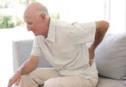 Nguyên nhân và cách điều trị bệnh loãng xương ở người già