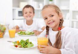 Chế độ dinh dưỡng cho bé từ 3 đến 5 tuổi