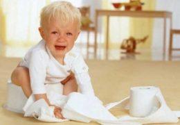 Nguyên nhân và triệu chứng bệnh trĩ ở trẻ em