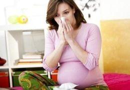 Chữa viêm họng ở bà bầu bằng 9 bài thuốc từ thiên nhiên