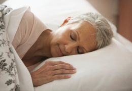 Cách cải thiện giấc ngủ cho người già