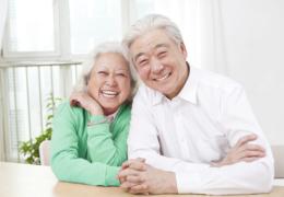 Cách phòng bệnh khô mắt ở người cao tuổi