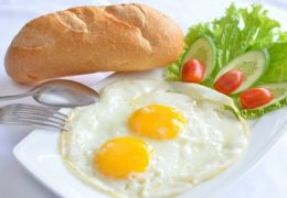 Yếu tố dinh dưỡng cần thiết cho nữ văn phòng