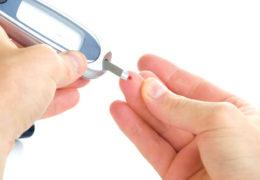 Bài thuốc về cây sả chữa bệnh tiểu đường