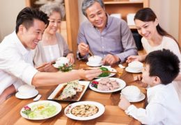 5 điều nên làm để tâp cho con thói quen ăn uống lành mạnh