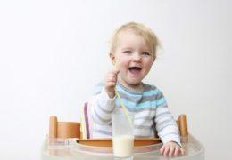 Cách chọn sữa tươi cho bé mẹ cần ghi nhớ
