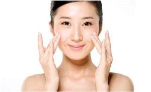 Nên làm sạch da mặt trước khi tẩy tế bào chết
