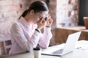 dân văn phòng có nên sử dụng thuốc bổ mắt hay không